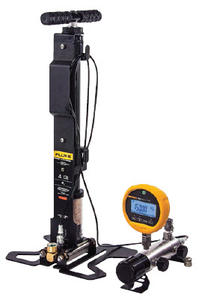 Fluke 700HPPK Pneumatic Test Pump Kit
